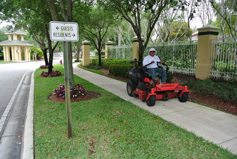 Lake Worth Florida Residential Landscaping